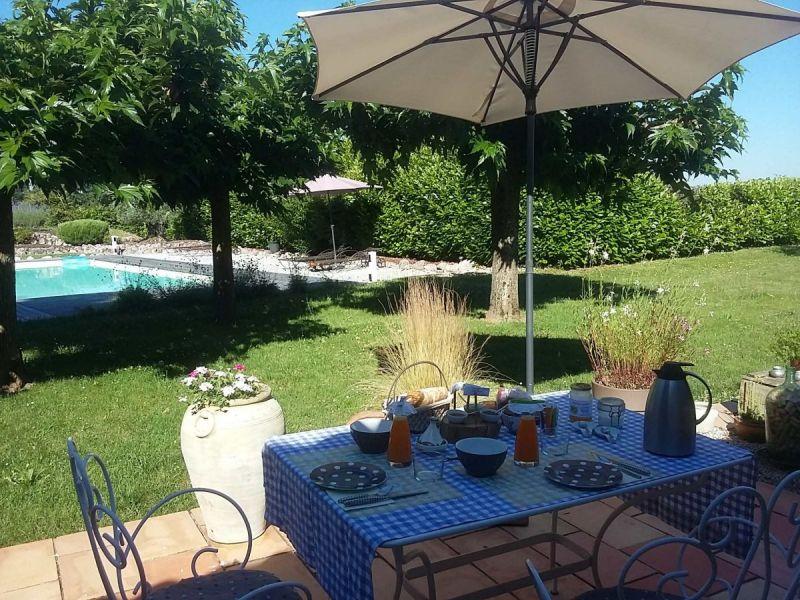 petits-dejeuners-en-terrasse---copie
